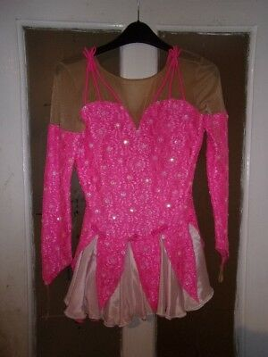 ice skating dress 30 inch chest looks stunning