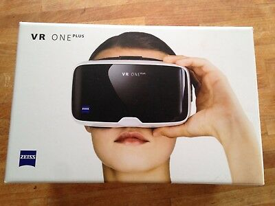 Zeiss VR One Virtual Reality Headset weiß
