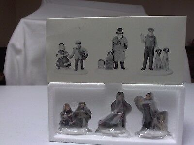 Dept 56 Dickens Village Accessories Vision of a Christmas Past Set Mint In Box