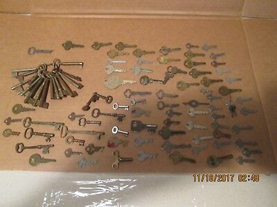 Large Lot Of Old Vintage Antique Keys-Skeleton-Padlock-Mailbox-Others-See Photos