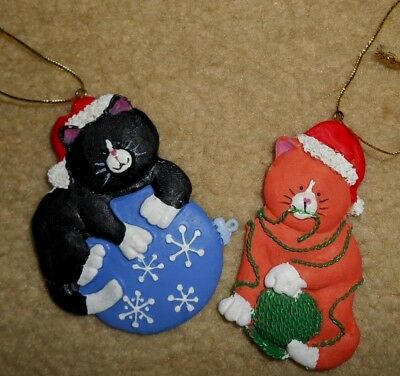 Lot of 2 Resin Kitty Christmas Tree Ornaments (Black Orange White Cats) CUTE!