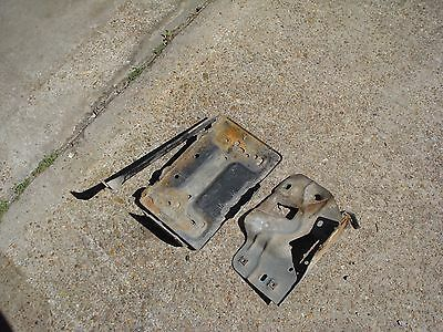 92 93 94 Ford F-250 350 7.3 IDI Diesel Battery Tray Passenger RH Right Side OE