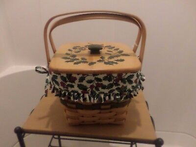 Longaberger Holiday Cranberry Basket Combo With Wood Painted Lid