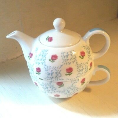 LAURA ASHLEY Tea for One Teapot & Cup Set Roses Pattered Fine Bone China Gift