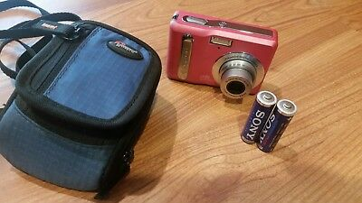 POLAROID i735 7MP 3x OPTICAL ZOOM LENS PINK CAMERA   with camera bag