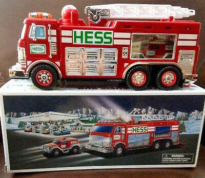 2005 Hess EMERGENCY TRUCK + RESCUE VEHICLE Sound Lights Toy Fire Engine in Box