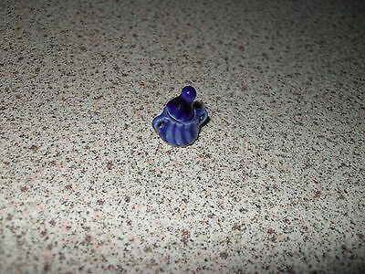 Dolls house blue pot with lid