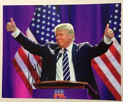 "Donald Trump Signed 8x10 Photo US  President Bold Autograph ""MAGA"" Holo COA Mint"