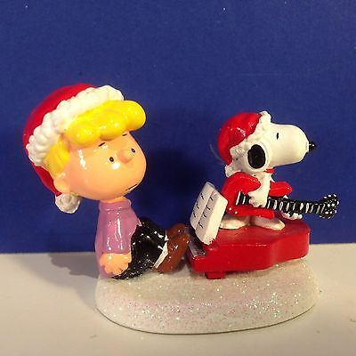 Dept 56 Peanuts Village SCHROEDER AND SNOOPY'S CHRISTMAS JAM w/ box Combine Ship