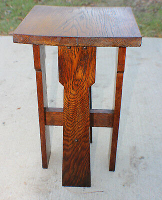 Antique Mission Oak Arts & Crafts Stickley Era side Table circa 1910-20's