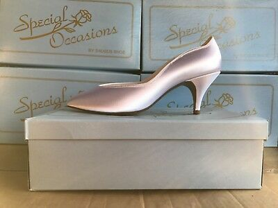 Lot 10 Women Dress /Bridal Shoes Special Occasions by Saugus White Satin