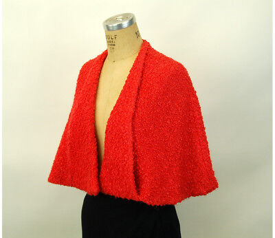 1950s capelet red boucle' wool cape with pockets Christmas wrap