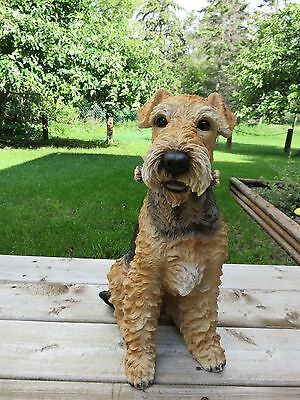 AIREDALE TERRIER DOG SITTING FIGURINE resin animal Statue PET STICK IN MOUTH NEW