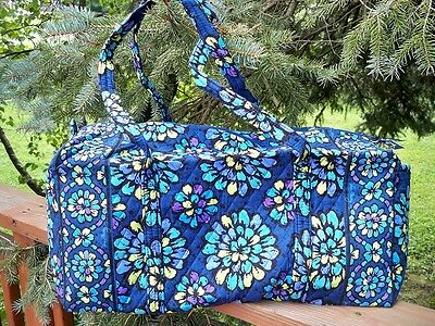VERA BRADLEY Large Duffel Travel Vacation College Bag Indigo Pop