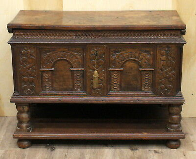 ANTIQUE 16th 17th CEN. GERMAN AUSTRIAN GOTHIC CARVED WOOD LOCK & KEY TRUNK CHEST