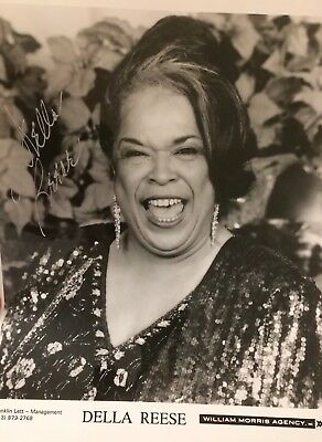Della Reese, Movie Actress & Singer Autographed Picture Touched By An Angel