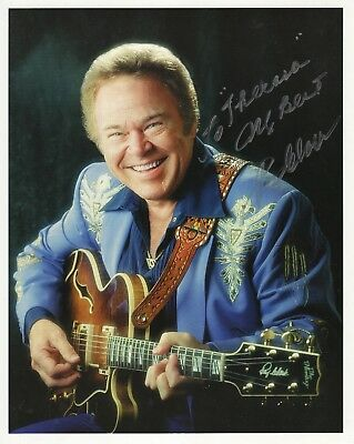ROY CLARK HAND SIGNED 8x10 COLOR PHOTO          HEE HAW STAR        TO THERESA