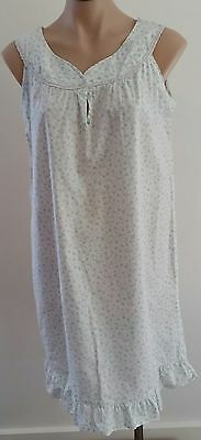 Vintage 1970s IVORY WHITE BLUE Small FLORAL Print Sleeveless Nightie size 10