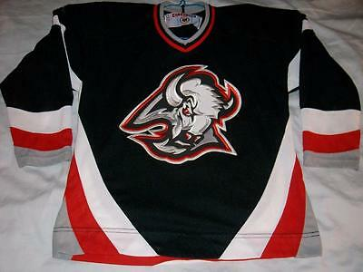 Buffalo Sabres Black NHL CCM Hockey Jersey Vintage Maska Youth L XL 16-18 49d9d7750