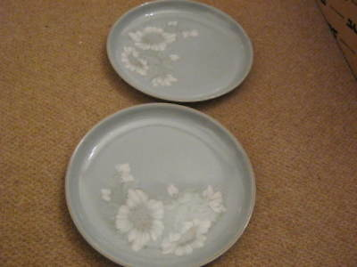 Denby Blue Dawn Dinner Plates x 2 - lovely condition hardly used