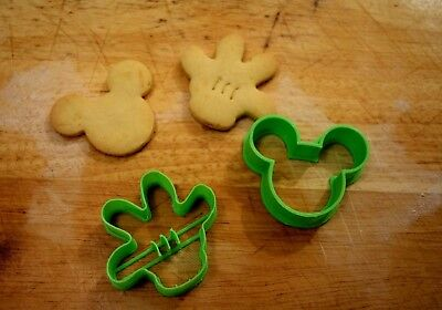 Mickey Mouse Ears Hand Gingerbread Cookie Pastry Fondant Biscuit Cutter