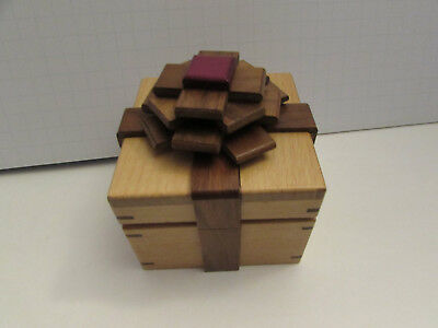 Japanese Kamei Ribbon Bow Wood Puzzle Box