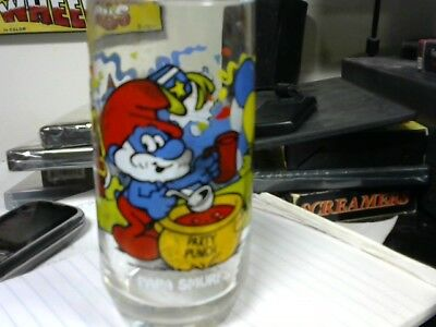 1983  Papa Smurf  Drinking Glass The Smurfs