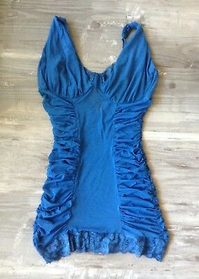 FREDERICK'S OF HOLLYWOOD Blue Mesh Chemise and G-String, Size L