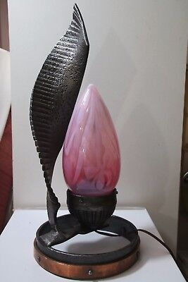 Was Benson Lampe Fer Forge Verre Opaline Art & Crafts Glass Art Nouveau Art Deco