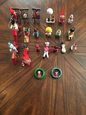 Lot of 22 Vintage Tiny Wooden Christmas Tree Ornament's 2-3 Inch NOEL