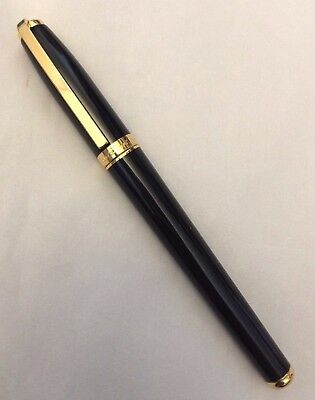 ST Dupont Fidelio Black Laquer with Gold plated trim Rollerball Pen