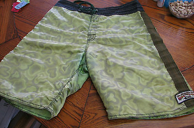Quiksilver Pro vintage surf board shorts 1980s 1990s Nylon Surfing