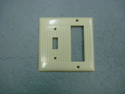 Sierraplex Vintage Uniline Ivory Switch Outlet Cover Plate 2 Gang Ribbed D-19