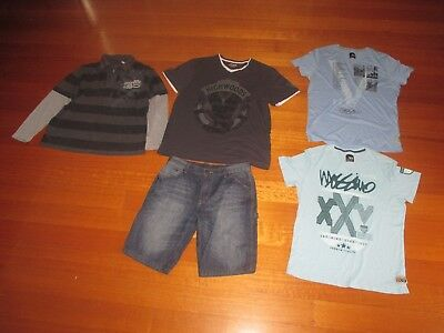 Mens Assorted Tops Including Mossimo Tshirts and Denim Shorts - Size Large