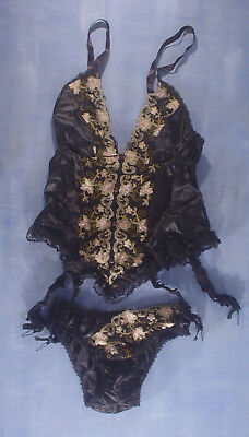 Vintage Valentino 2782 Curly Lace Pattern Bustier Size 36B in White