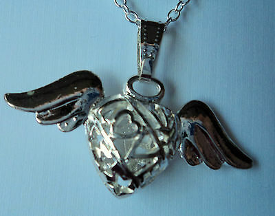 Sweet Ladies Silvertone Love Heart With Angel Wings Necklace,free Post In Oz
