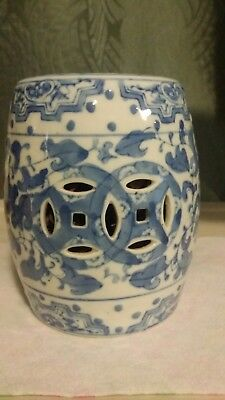 Vintage,Beautiful blue and white large potpourri / sachet jar