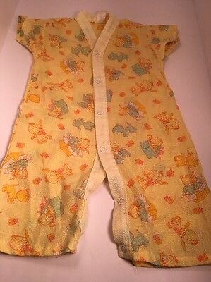 True Vtg Baby Snap Up One Piece Outfit 9 Months Yellow Puppies Kittens Cats