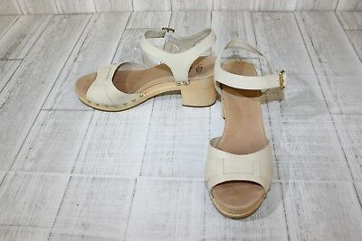 836734a2a67 UGG JANIE CLOGS Womens Size 10 Antique White (Repair)