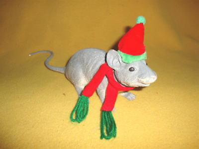 Red & Green Elf Hat with Scarf for Rat from Petrats