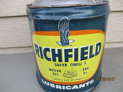 Vintage RARE Richfield Circle C- 5 Gallon Motor Oil  Can- 'MAY 1965' Date