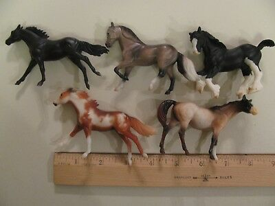 Lot Of 5 Small Breyer Reeves Horses Stablemates 1976 1990 ponies