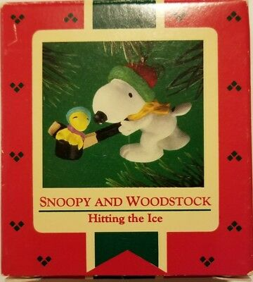 NEW 💣Hallmark Keepsake 1985 Snoopy & Woodstock Hitting the Ice 💥A-39#36dm