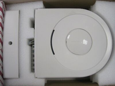 NEW Voltage Opitmiser VPhase VX5 complete with VPhase 16W Consumer unit - SAVE