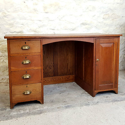 Vintage Solid Oak Pedestal Desk - C1960 (Antique)