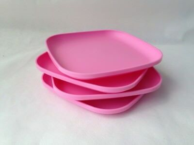Tupperware New SET 4 Dishes Square Classic Plates Raised Edges FREE SHIPPING USA & TUPPERWARE 8\