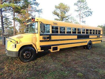 2002 FREIGHTLINER THOMAS Built 72-Passenger School Bus in Mississippi NO  RESERVE
