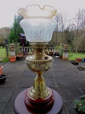 Beautiful Highly Decorative Brass Edwardian Twin Duplex Oil Lamp.
