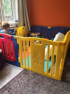 Large 8 Panel Baby Play Pen