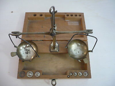 Technical pharmacy scale vintage